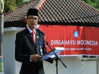 Education Reform Must Start from Zoning System